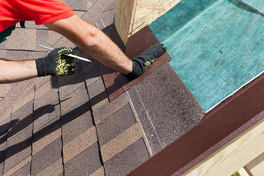 How Roofs Work and how are they installed with asphalt shingles