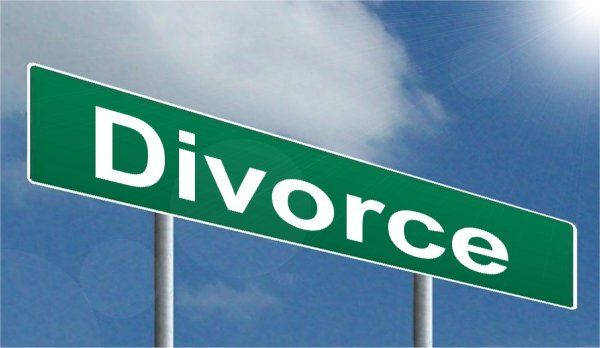 Divorce, selling a house with your spouse when separating